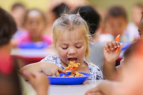 i-bambini-e-il-cibo-perche-a-volte-non-mangiano