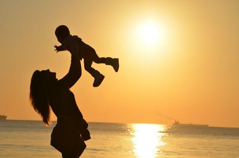l-allattamento-in-pubblico-puo-ancora-creare-problemi