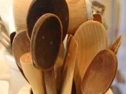 bricolage-e-riciclo-come-riutilizzare-un-cucchiaio-in-legno