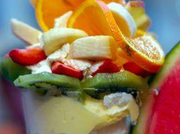 trucchi-per-fare-mangiare-la-frutta-ai-bambini